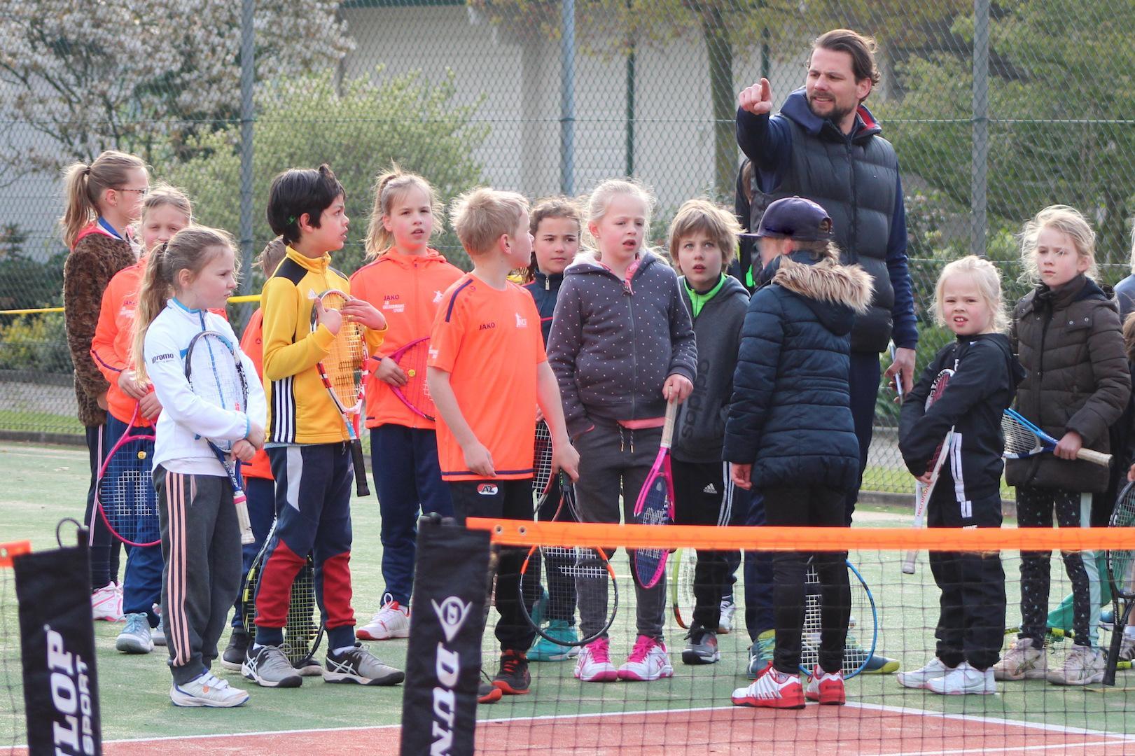 Tennis jeugd LTC Hofgeest Velsen City Blog